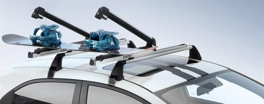 Крепление для лыж на крышу автомобиля